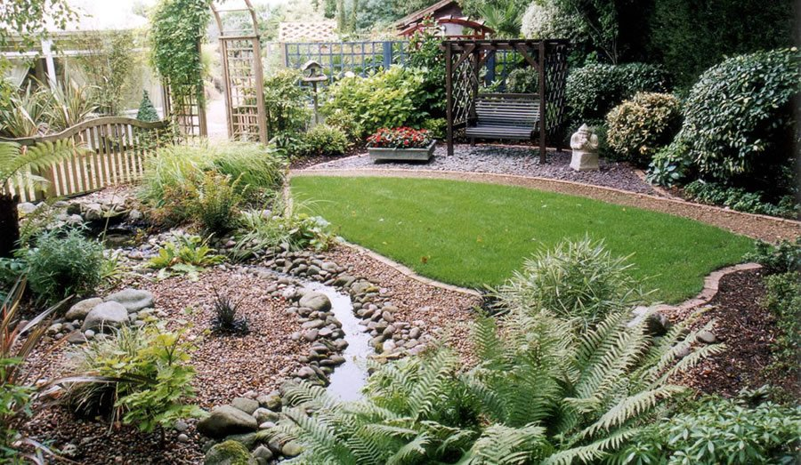 Amazing small garden ideas home ideas modern home design Small backyard garden design